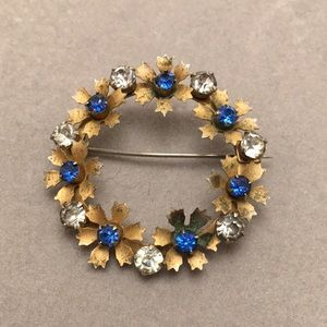 Vintage Floral Wreath Pin